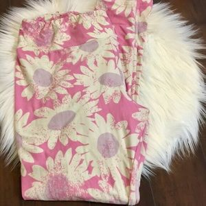 Lularoe TC daises 🌸 leggings, worn once